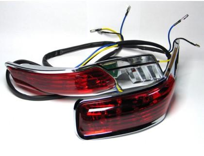 Комплект красных фонарей на пластиковые кофры MUTAZU для мотоцикла модели RS