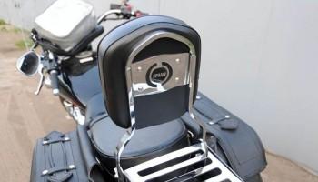Установка спинки и багажника марки SPAAN на мотоцикл.