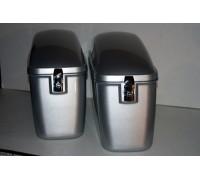 Кофры для мотоцикла боковые жесткие (пластик) серебристые