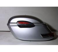 Кофры боковые жесткие (пластик) серебристые с красными габаритами. Модель RS