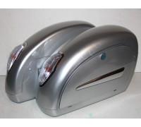 Кофры боковые жесткие (пластик) серебристые с белыми фонарями