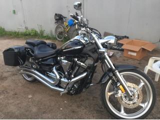 Установка боковых кофров LW BLACK на мотоцикл клиента